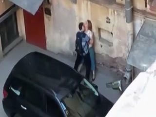 Тетя трахается с племянником у себя дома